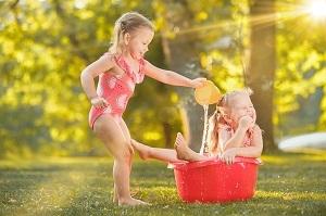 Les jeux d'eau : ludiques et pédagogiques.